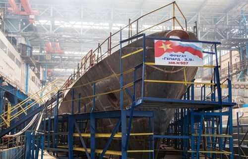 Một trong hai tàu Gepard 3.9 mà Nga đang chế tạo cho Việt Nam.