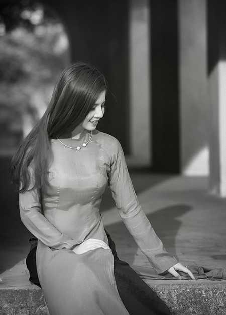 Cô gái xinh đẹp này cũng rất vui mừng khi được giới thiệu về vẻ đẹp và văn hóa Việt Nam đến bạn bè thế giới