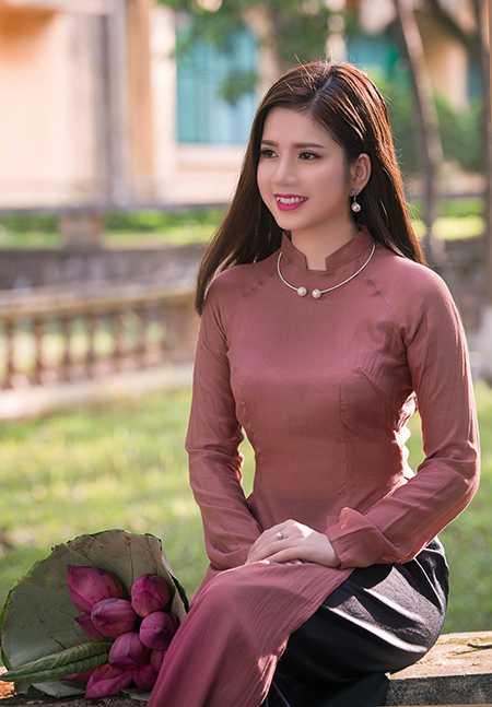 Cô gái xinh đẹp này tốt nghiệp khoa Quốc tế - Đại học Quốc gia Hà Nội