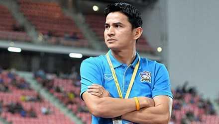 HLV Kiatisak ở lại Thái Lan chuẩn bị cho vòng loại World Cup