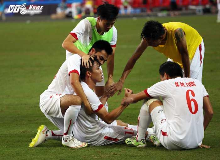 Nỗi đau của U23 Việt Nam (Ảnh: Phạm Thành)