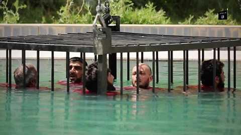 Một trong những hình thức xử tử tàn bạo mới của IS