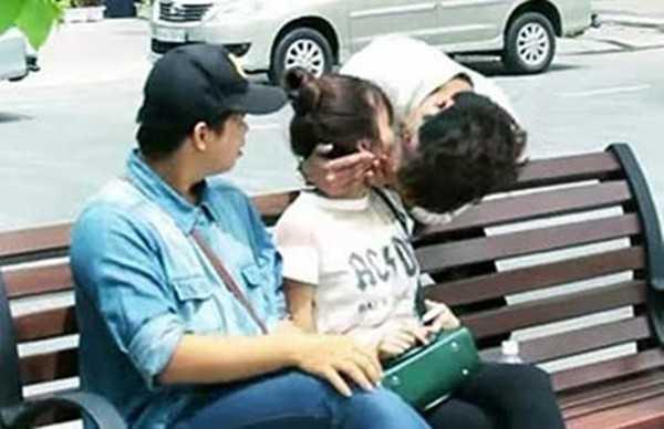 Đa số ý kiến cho rằng Kiss Cam chưa phù hợp với văn hóa Việt. (Ảnh minh họa)