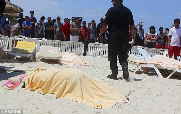 Hiện trường vụ xả súng kinh hoàng ở Tunisia