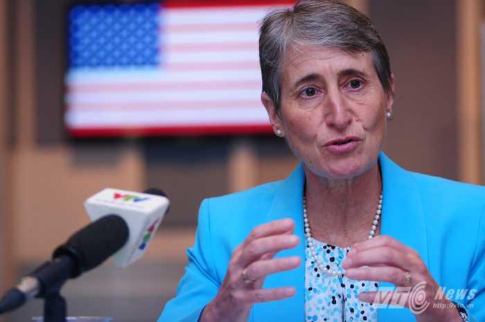 Bộ trưởng Nội vụ Mỹ Sally Jewell - Ảnh: Tùng Đinh