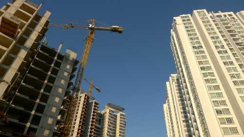Thị trường bất động sản đang ở trạng thái rất khó lường. Ảnh: QH