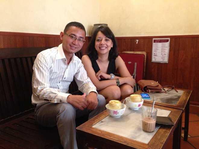 Đại diện Man City uống cafe tại Hà Nội