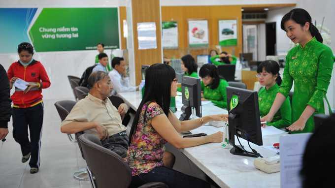 VCB tăng trần giúp vốn hóa Vietcombank tăng mạnh