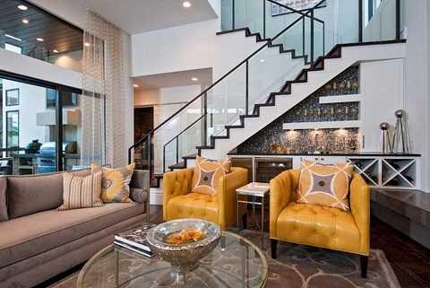 Một quầy bar sang trọng sẽ cần thiết trong bất cứ ngôi nhà hiện đại nào. Biến từ một khu vực nhỏ trở thành một không gian yêu thích trong phòng khách gia đình bạn.