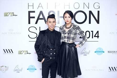 'Ông trùm' chân dài 9x - Kenbi Khánh Phạm (trái)