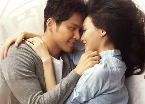 """Bên cạnh đó, sự tham gia của """"gương mặt không tuổi"""" Chung Hán Lương và người đẹp Đường Yên càng khiến các fans háo hức bội phần.Những giây phút ngọt ngào của hai nhân vật chính khiến khán giả"""