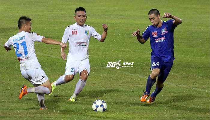 Công Phượng kém xa nhiều cầu thủ đang chơi ở V-League