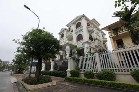 Biệt thự của đại gia bất động sản tại Lê Hồng Phong - Hải Phòng