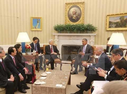 Tổng Bí thư Nguyễn Phú Trọng hội đàm với Tổng thống Mỹ Obama tại Phòng Bầu dục, Nhà Trắng