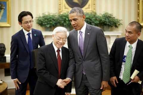 Tổng thống Barack Obama bắt tay Tổng bí thư Nguyễn Phú Trọng sau cuộc họp báo ở Nhà Trắng ngày 7/7 - Ảnh: Reuters