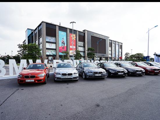 Xe nhập khẩu tại Việt Nam tăng trưởng mạnh. Ảnh: BMW