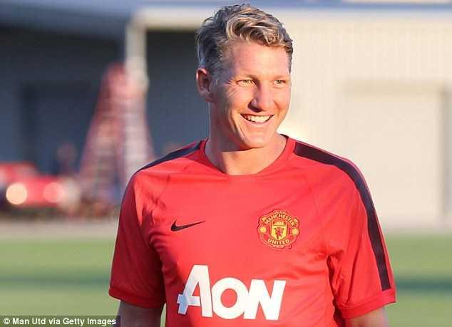 Bastian Schweinsteiger hạnh phúc trong màu áo Man Utd