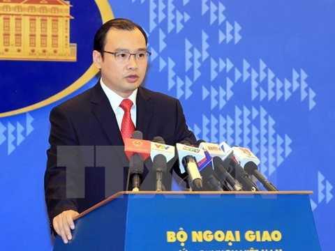 Người Phát ngôn Bộ Ngoại giao Lê Hải Bình phát biểu tại buổi họp báo. (Ảnh: An Đăng/TTXVN)