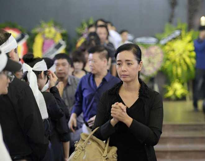 Diễn viên Chiều Xuân đau buồn trước sự ra đi của người nghệ sĩ.
