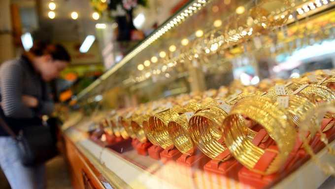 Giá vàng đang giảm sâu