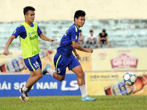 Tuổi 19,20, lứa Đông Triều khó lòng làm điều kỳ diệu ở V-League