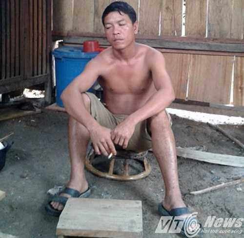 Anh Vi Văn Quân, một người dân trong bản sốc nặng khi hay tin Vi Văn Mằn bị bắt - Ảnh Minh Hải