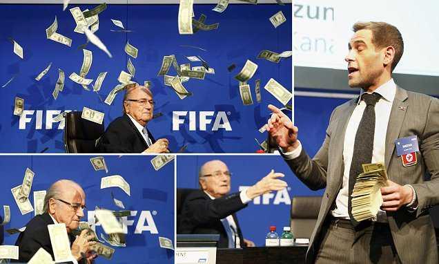 Simon Brodkin 'hối lộ' Sepp Blatter để World Cup 2026 diễn ra tại Bắc Triều Tiên