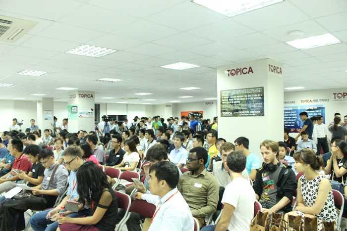 Sự kiện thu hút nhiều bạn trẻ tham gia.