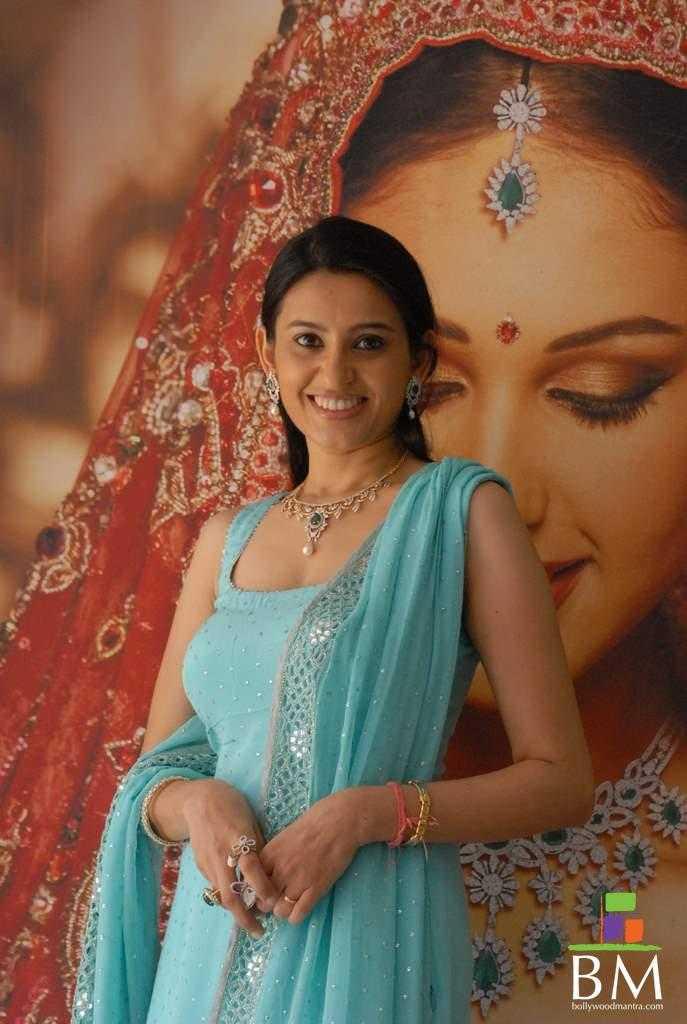Smita không đóng phim vì tiền và cô có thể ở nhà cả năm mà không phải lo lắng.