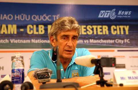 HLV Pellegrini của Man City trong phòng họp báo sau trận (Ảnh: Quang Minh)