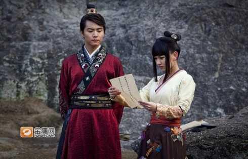 Cặp đôi Mộng Giao - Nguyên Phương đến hết phim vẫn không đến được với nhau nhưng lại 'hy sinh cùng nhau' khiến nhiều khán giả rơi lệ.
