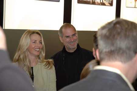Steve Jobs và vợ Laurene Jobs