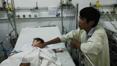 Em L. T.              Ng. 8 tháng tuổi, đang được chăm sóc và điều trị tại khoa hồi sức