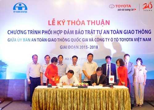 Lễ ký kết sáng nay giữa Ủy ban ATGT Quốc gia và Toyota Việt Nam