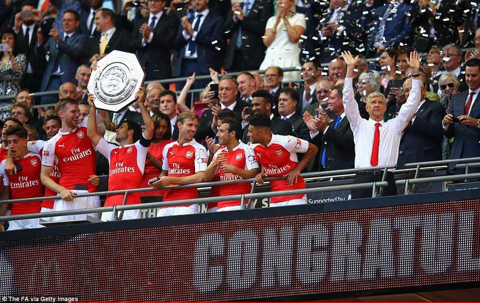 Arsenal bảo vệ thành công Siêu cúp Anh
