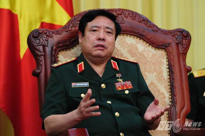 Đại tướng Phùng Quang Thanh chia sẻ với phía Trung Quốc những quan điểm của mình - Ảnh: Tùng Đinh