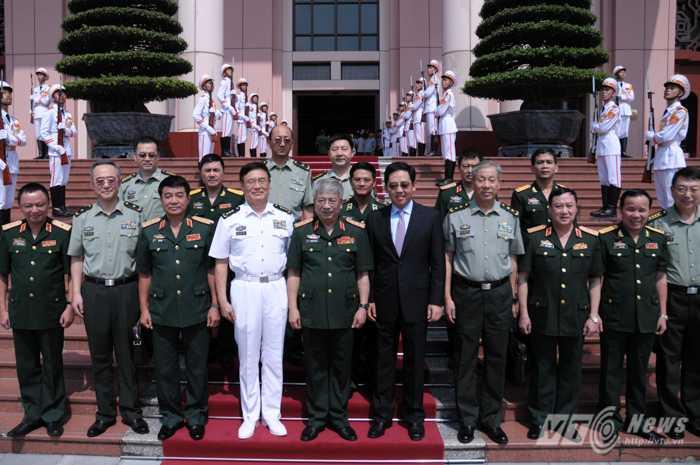 Thượng tướng Tôn Kiến Quốc và đoàn đại biểu Trung Quốc đến Hà Nội tham dự đối thoại chiến lược quốc phòng Việt Nam - Trung Quốc lần thứ 5 Ảnh: Tùng Đinh