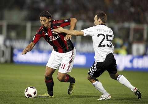 Ibrahimovic sút hỏng 11m trong trận ra mắt AC Milan