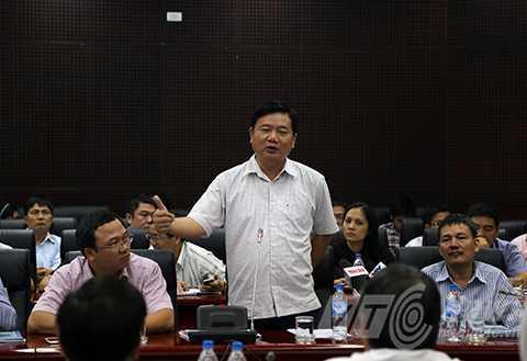 Bộ trưởng Đinh La Thăng cho rằng, các dự án giao thông thì không thể chậm trễ, đặc biệt là dự án liên quan đến hàng không thì không thể chậm tiến độ.
