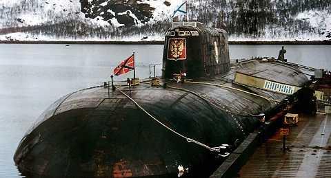 Tàu ngầm hạt nhân tấn công K-141 Kursk thuộc Hạm đội Phương Bắc của Nga