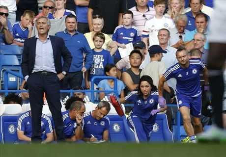 Mourinho chơi trò tâm lý chiến trong vụ Carneiro?