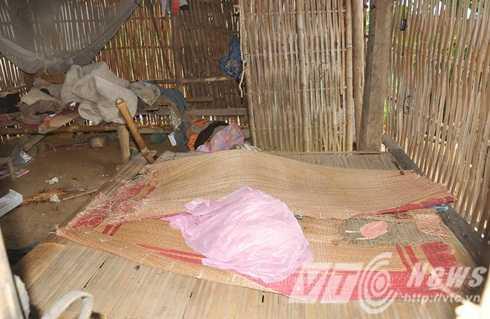 Bên trong lán của nạn nhân Trần Văn Long