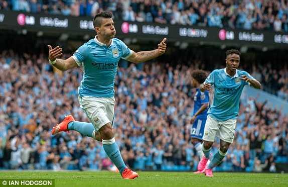 Aguero ghi bàn cho Man City