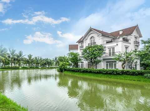 Biệt thự Vinhomes Riverside, một dự án bất động sản phía Đông Hà Nội, rất được quan tâm và có dấu hiệu tăng giá trong thời gian gần đây