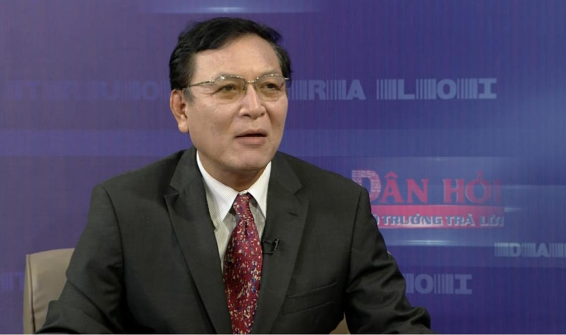 Bộ trưởng Giáo dục và Đào tạo Phạm Vũ Luận.