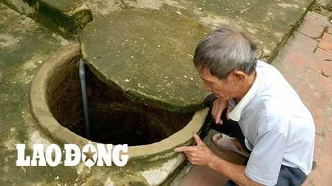 Giếng khơi bị khô cạn.