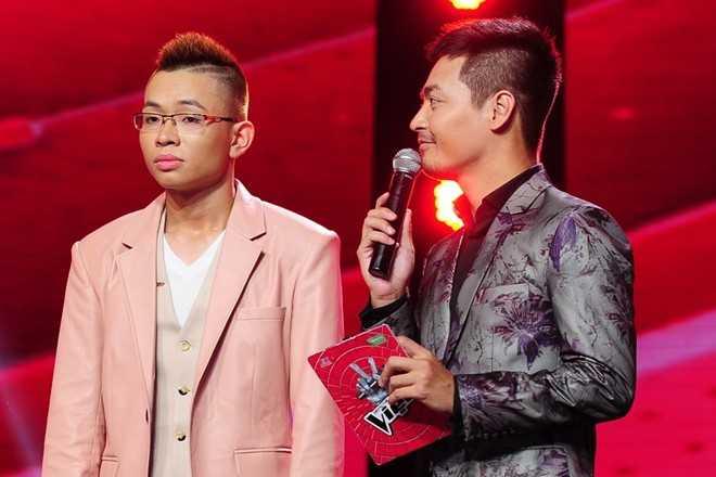 Bất ngờ tuyên bố ngừng tham gia Giọng hát Việt 2015 của Đăng Quang khiến HLV Tuấn Hưng nổi cáu.
