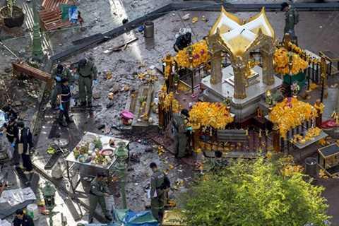 Hiện trường vụ nổ bom đền Erawan tại khu trung tâm thủ đô Bangkok, Thái Lan tối ngày 17/8/2015