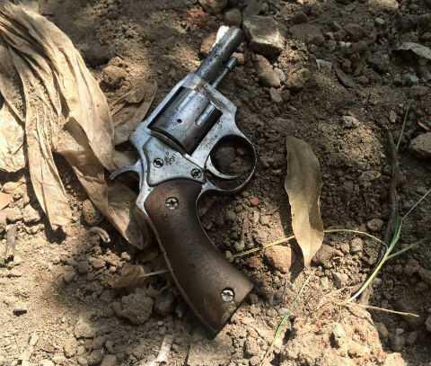 Khẩu súng được cơ quan công an thu giữ.