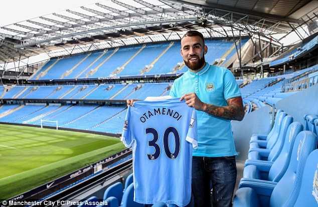 Otamendi là bản hợp đồng thứ 5 của Man City mùa hè này